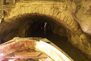 Castleton Caverns
